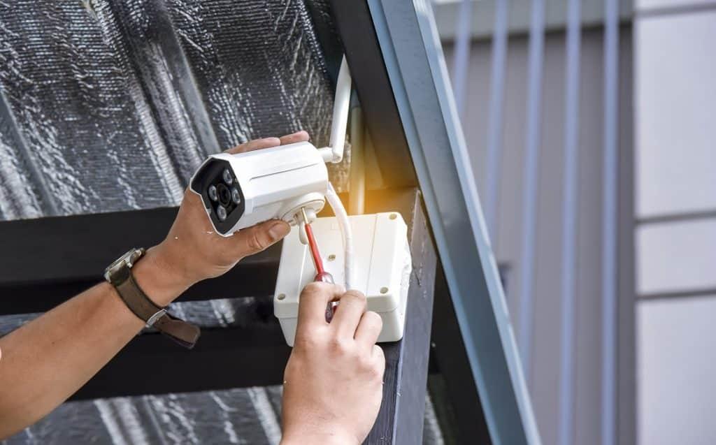 Instalación de cámaras de videovigilancia en verano